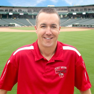 Mike Nutter with the TinCaps giving a testimonial about his LASIK surgery